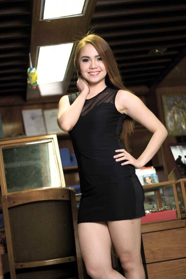 In her high school days, Bianca loved doing ballet, jazz and theater. She was also part of the choir and was president of the dance troupe when she was in college. She plans to join dance and theater productions again, if time permits.
