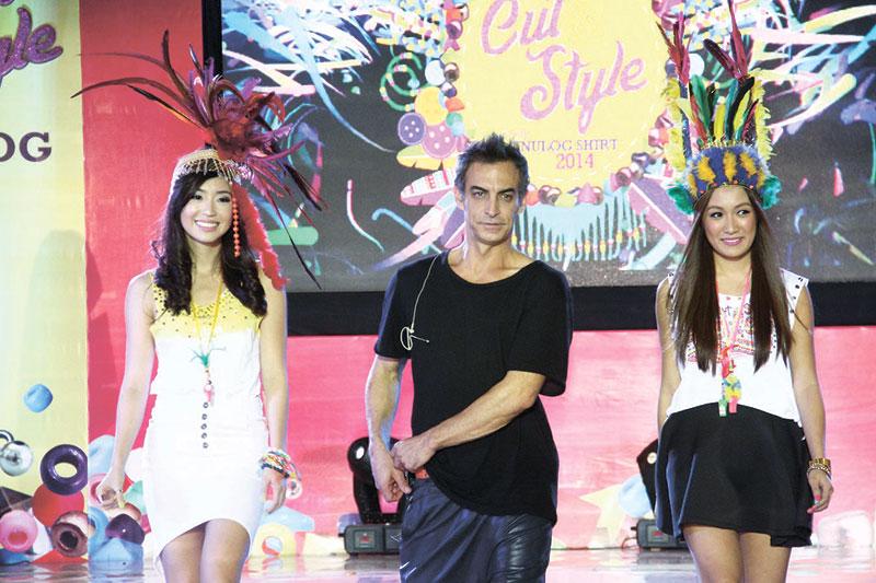 Master shredder Adam Saaks with fashion bloggers Kryz Uy and Laureen Uy