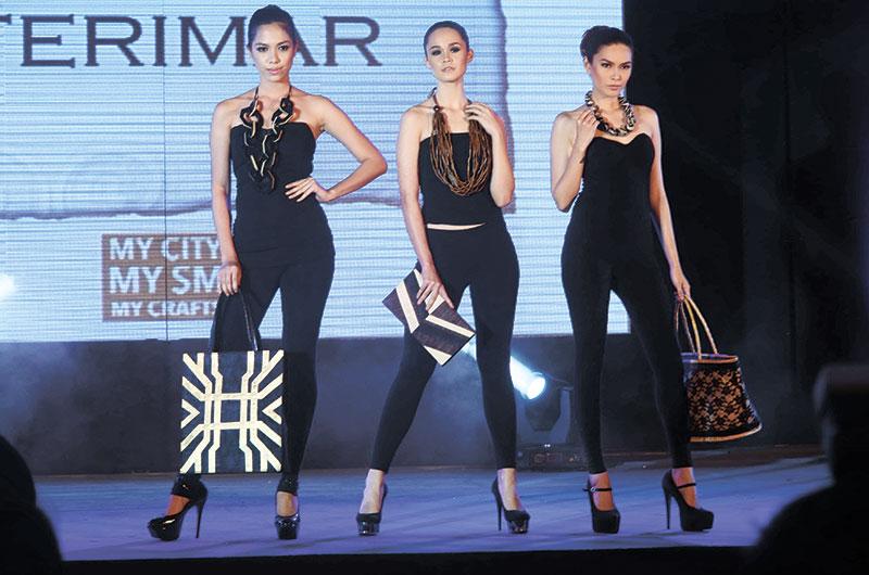 Models showcase Ferimar accessories.