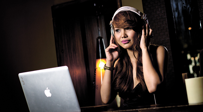 FLIGHT OF THE DJ. Cathy Muto worked as a cabin crew member for a couple of years, saw the world and decided to settle back in Cebu to master the art of spinning and become a full-fledged DJ.