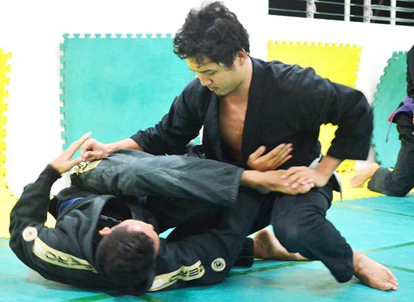 Jiu-Jitsu2