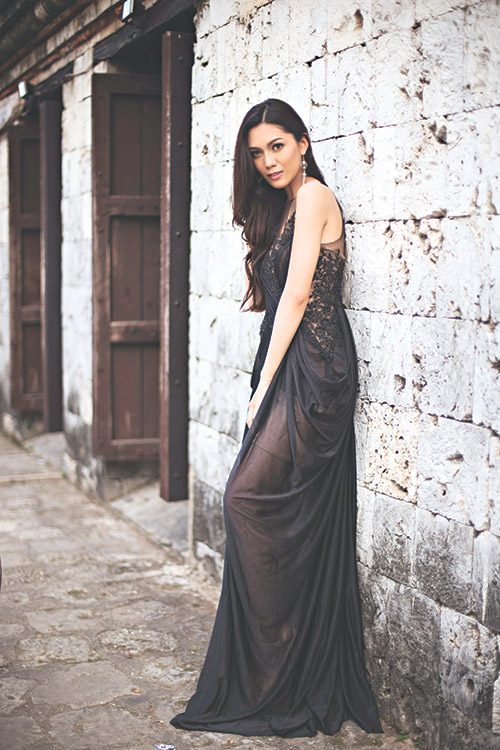 STUNNINGLY YOURS. Wynonah Van Joy Buot was hailed Miss Cebu 2015 last Jan. 16. Her looks and grace bewitched the judges and the crowd, but it was her intellect and poise that sealed the win.