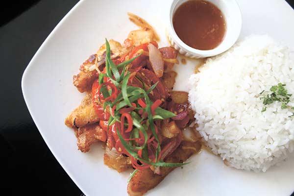 LEYTEÑO RECIPE. Salty, savory fish fillet tinabal.