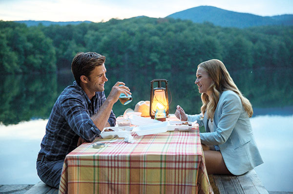 "Britt Robertson (right) and Scott Eastwood appear in a scene from ""The Longest Ride."" (AP FOTO)"