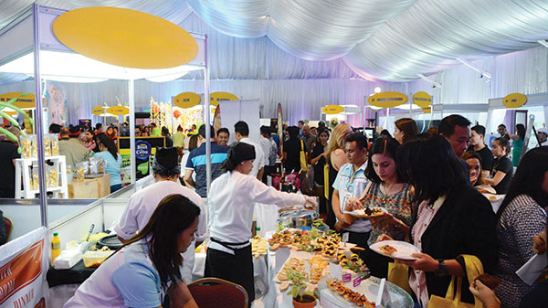 GATHERING OF CEBU'S BEST. From dining establishments and hotels, to malls, spa centers and automotive shops, over 50 exhibitors joined in the party, offering free tasting of their best food items or preview of their services.