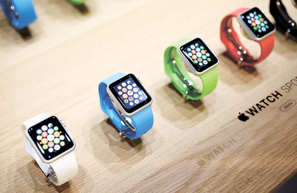 WATCH OUT. The first batch of Apple Watches was released last month. (AP FOTO)