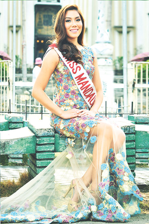 SMART AND STUNNING. So far, 22-year-old Ena Velasco has three titles to her name, the most recent being Miss Mandaue 2015, which she achieved despite the rigors of medical school. So who said science and beauty don't mix?