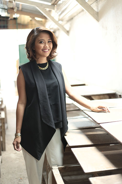 OF WRITING AND WEARING. The bubbly Issa Perez, who keeps the fashion blog Issaplease.com, also runs a garments company that supplies custom-made apparel for schools and companies.