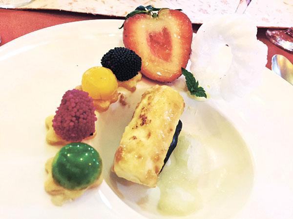 Plated Dessert: Mango A
