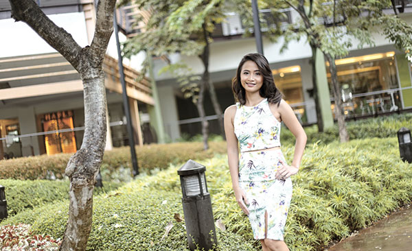 SERVICE MINDSET. As a stylepreneur, Feline Soria loves dealing with different people: clients, suppliers, teammates and her production team. Most of all, she considers the business profession as a form of service to others.