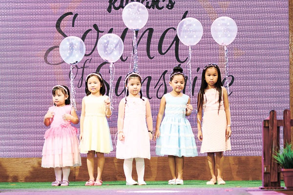 Galliana, Izzy Ang, Twinkle So, Summer Alba & Jewel Love Chua