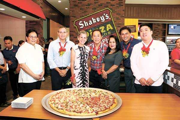 Shakey's F. Cabahug launch
