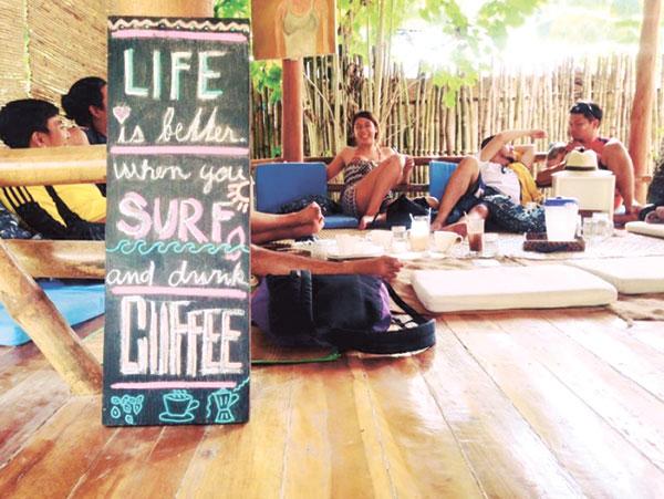 pleasure-point-surf-cafe-siargao-philippinesA