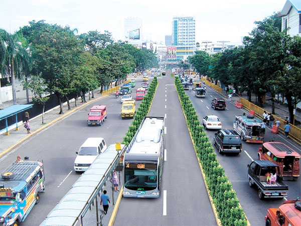 An artist's rendition of the Bus Rapid Transit system planned for Cebu City (SUN.STAR FILE)