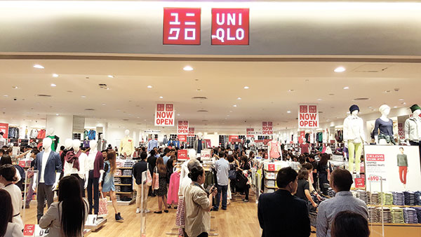 FIRST BRANCH. After years of waiting, shoppers flock to Uniqlo's first store in Cebu. The Japanese clothing retailer is planning 10 more branches in the next five years.