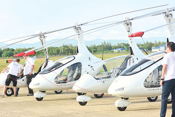 TOP-FLIGHT MODELS. Among the AutoGyro Germany gyrocopter models launched in Cebu are the MTOsport, Calidus and the award-winning Cavalon. A versatile unite, he MTOsport can perform water landings, and has a maximum speed of 185 kph. The Calidus is a closed gyro that's perfect for long-haul flights, and has a top speed of 185 kph. The Cavalon is a side-by-side seater unit, has comfortable, spacious interiors, and has a maximum speed of 160 kph.