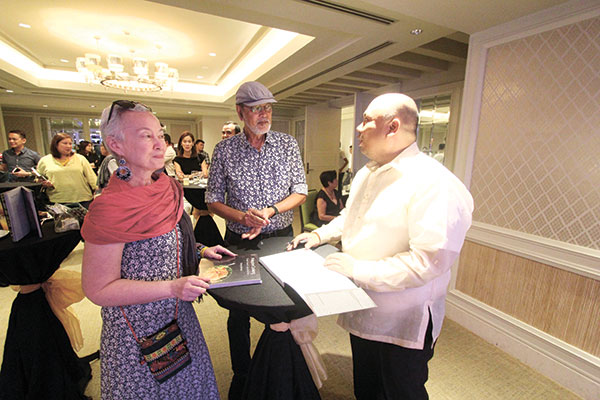 Chef Tatung with National Artist BenCab and wife Annie Sarthou (Photo by Eds Capili)