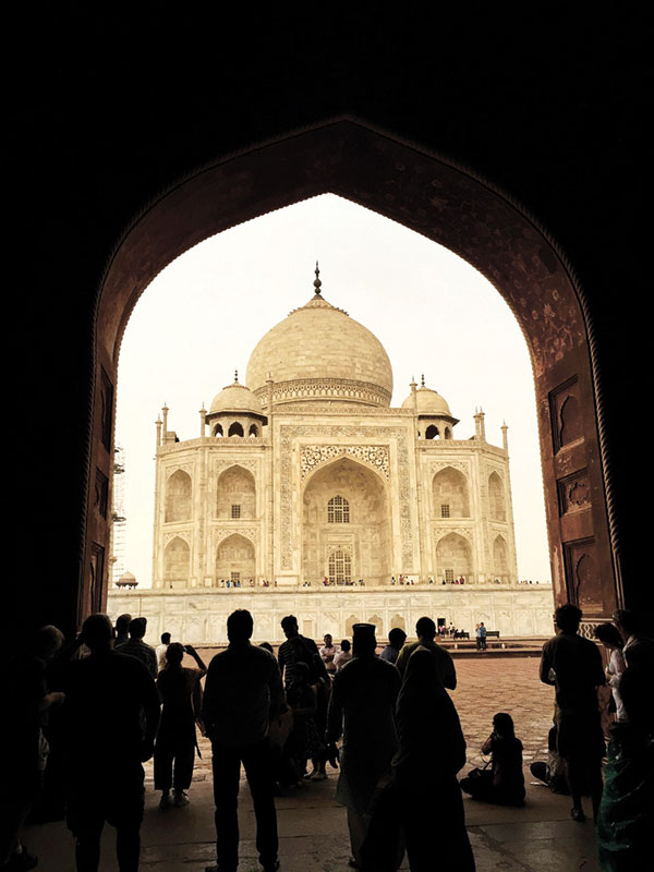 Another magnificent view of the mausoleum.