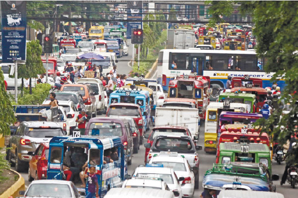 THE NEW NORMAL? From north to south, Metro Cebu is facing the realities of increasingly congested roads. (SUN.STAR FILE)