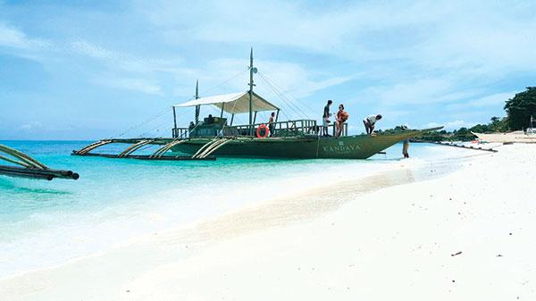 Powdery beachfront of Kandaya Resort in Malapascua Island