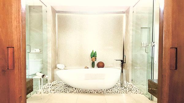 Spacious bathroom of the Ocean Villa Room