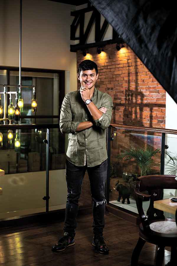 """HOMECOMING. The homegrown celebrity will be holding his """"Matteo Made in Cebu"""" concert at the Waterfront Hotel & Casino in Lahug, Cebu City on Nov. 18 at 7:30 p.m."""
