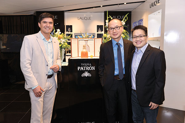 Patron Regional Director of Marketing and Commercial Strategy for Asia Pacific, The Patron Spirits Company Milton Alatorre, Lalique Regional Director for Southeast Asia and Oceania Daniel Ong, and Patron Vice President for Asia Pacific Vicente Santos