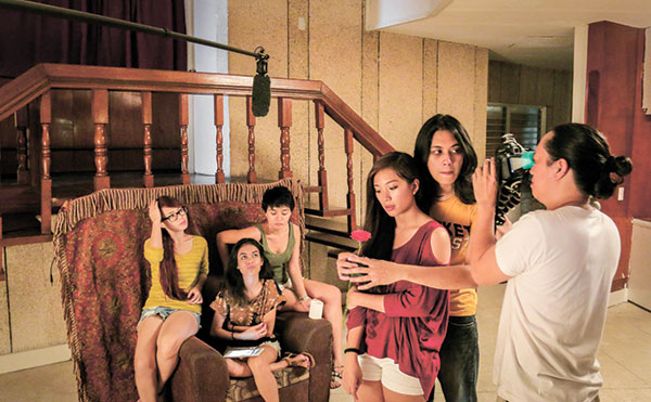 With Idol's dreamgirls Lyka Flare, Steph Jarina, Zerah Esmero, and Angelica Gamolo