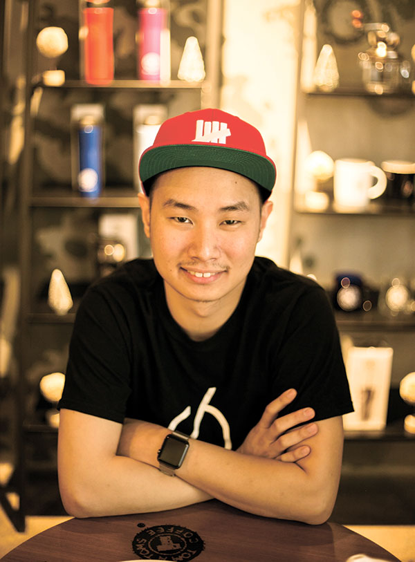 APP AND ABOUT. Meet Royce Albert Dy, the co-founder and chief technology officer of Hoy!, a social media app that gives instant gratification to its users from a simple selfie.